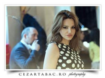 Oana Rosu sedinta foto in centrul vechi din Bucuresti