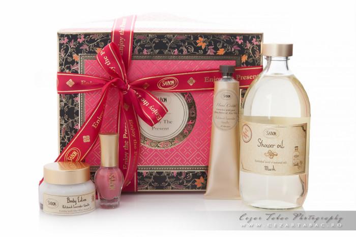 Product photography, gift box for Christmas – Sabon