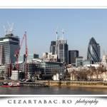 Londra vazuta de peste raul Thames