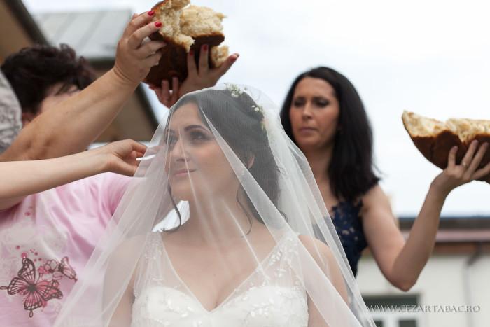 Traditii si obiceiuri la nunta in Romania